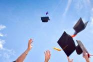 Frasi di auguri per laurea: idee biglietto auguri per Lui e per Lei