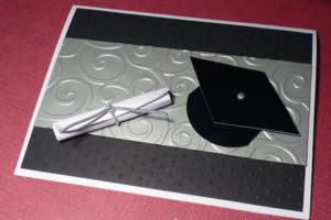 Come scrivere un invito per una festa di laurea: alcune idee